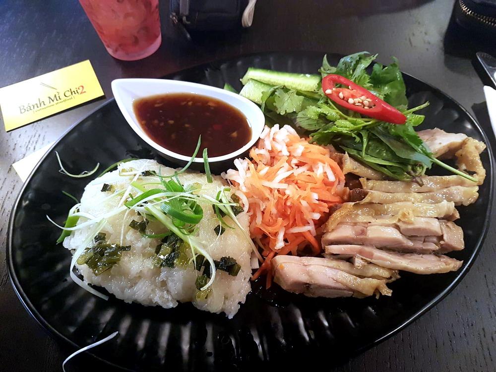 Bánh Mì Chi 2   Vietnamese Streetfood. Seit Ende September 2017 Haben Vu  Und Vy Tran In Der Regensburger Markthalle Am Dachauplatz Einen Ableger  Ihres ...