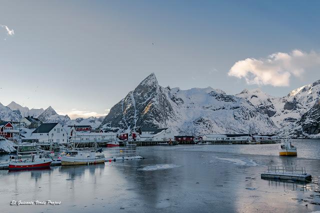 Lofoten, puerto pesquero congelado, por El Guisante Verde Project