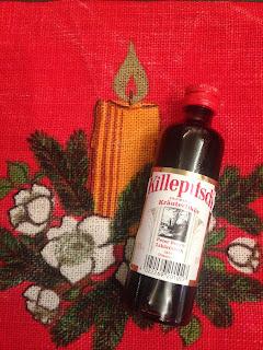 Flasche Killepitsch Premium Kräuterlikör