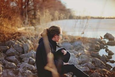 4 Alasan Cewek Tidak Perlu Tahu Masa Lalu Cowoknya
