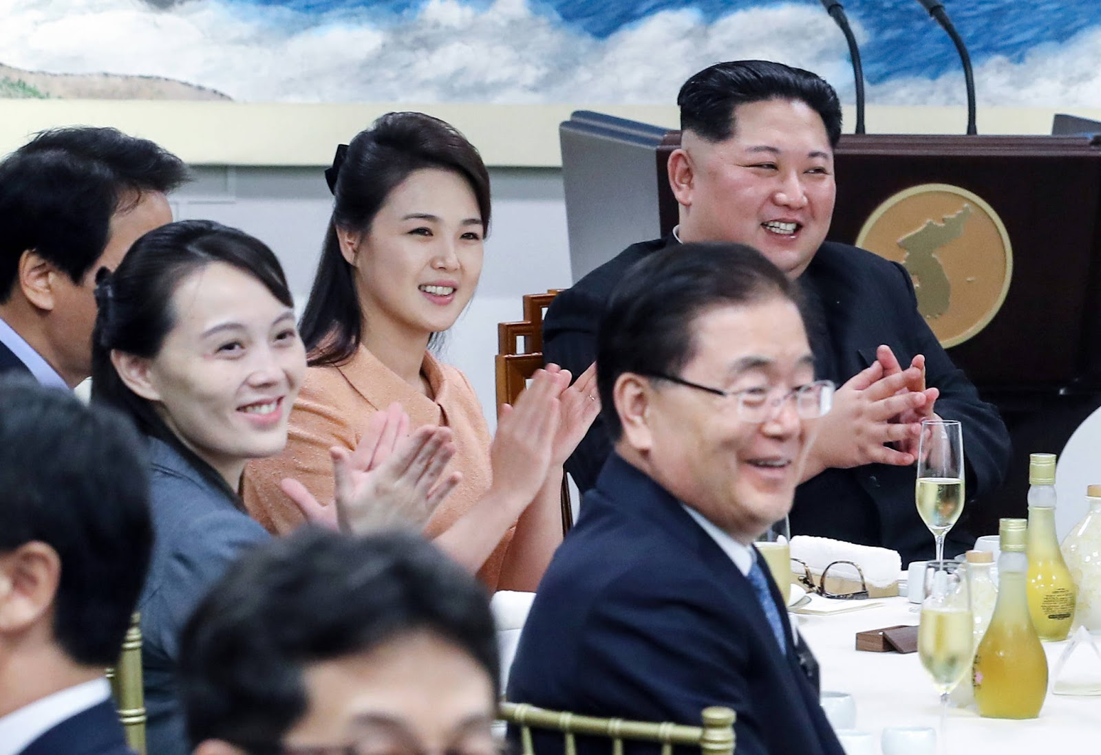 North Korean leader Kim Jong-un and his wife, Ri Sol-ju  with his sister, Kim Yo Jong, at the banquet in Panmunjeom.