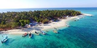 Wisata Pantai dan Bawah Air Gili Ketapang Probolinggo Jawa Timur