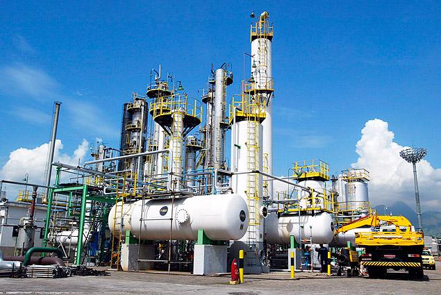 Petrobras eleva gasolina em 1,23% nas refinarias