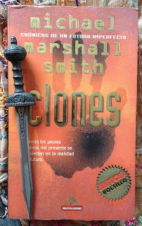 Portada del libro Clones, de Michael Marshall Smith