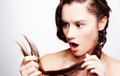 7 Penyebab Rambut Rontok  Setiap Hari