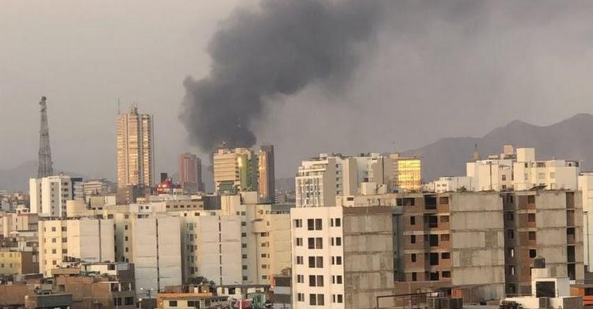 INCENDIO EN MESA REDONDA: Informan de intenso fuego en zona comercial del centro de Lima - NOTICIA ACTUALIZADA - FOTOS - VIDEO