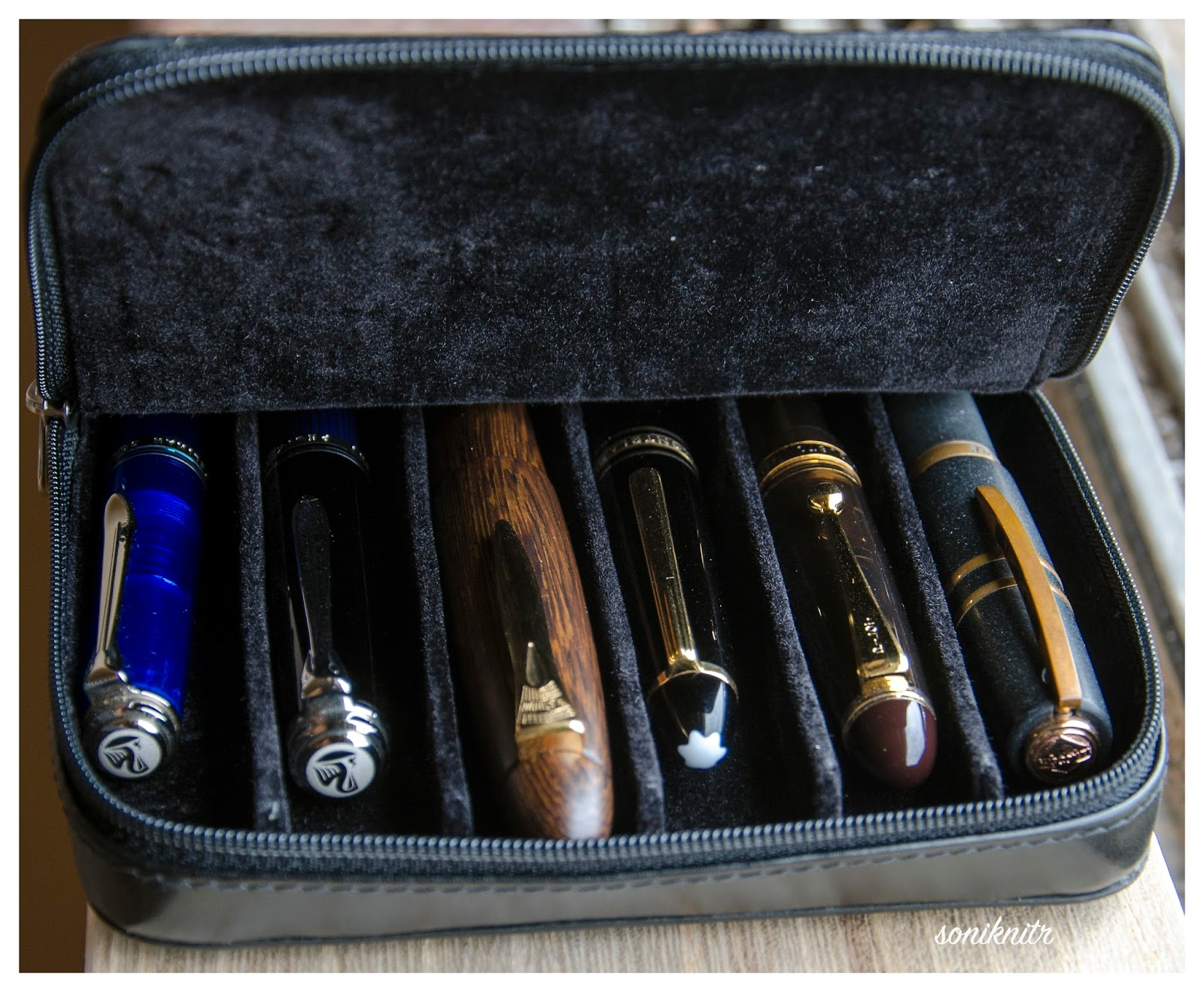 Excellent The Visconti Dreamtouch 6-Pen Case Review - Paper & Pen  FS51