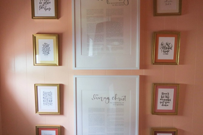 DIY Quote Gallery Wall & 5 Amazing Gallery Wall Ideas by lifestyle blogger Michelle of Mumsy