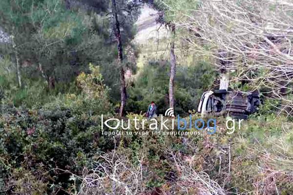 Κορινθία: ΤΩΡΑ - Αυτοκίνητο έπεσε στο γκρεμό στο Σχίνο - Ένας σοβαρά τραυματίας (φώτο)