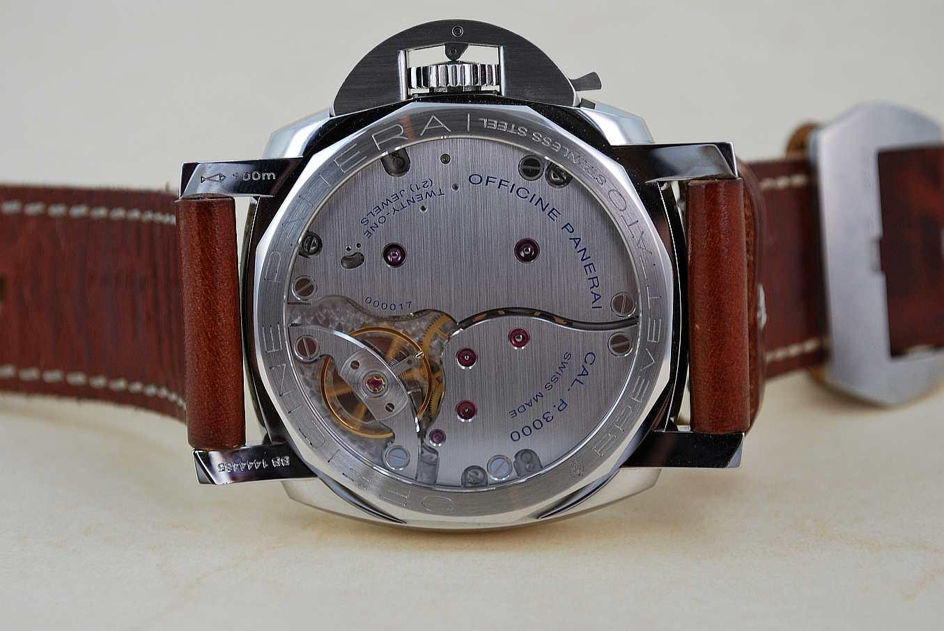 Wristwatch Pictures  Panerai 372