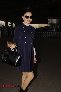 Bollywood Actress Model Urvashi Rautela Pos at Mumbai International Airport  0004.jpg