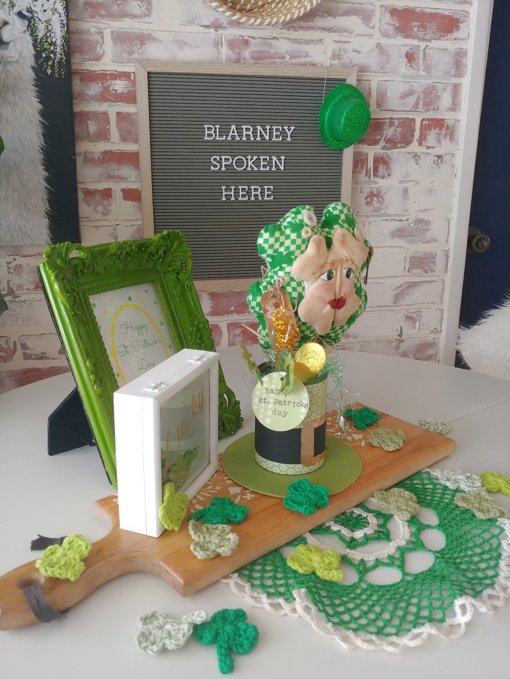 table decor for St. Patrick's Day