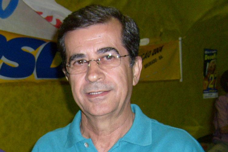 Brumado: Ex-deputado infarta e passa por cateterismo em Vitória da Conquista