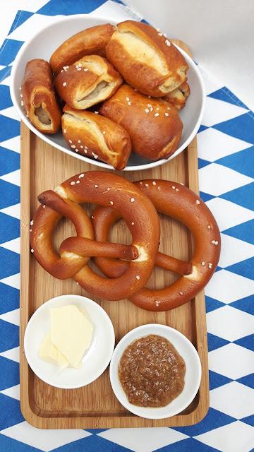 Weißwurst-Frühstück mal anders: Weißwurst-Happen im Brezn-Teig