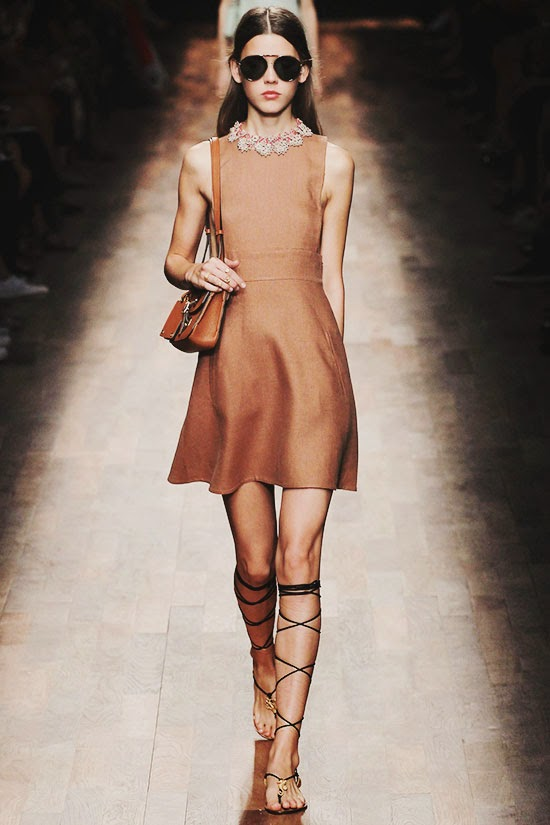 Valentino Spring 2015 Ready-to-Wear PFW