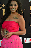 Sraddha in Sleeveless Off Shoulder Pink Dress at IIFA Utsavam Awards March 2017 011.JPG