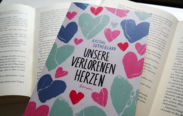"""Das Bild zeigt das Cover des Buches """"Unsere verlorenen Herzen"""""""