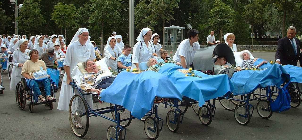 O verdadeiro caminho de Lourdes: confiar, confiar, confiar na resignação ou na certeza do milagre