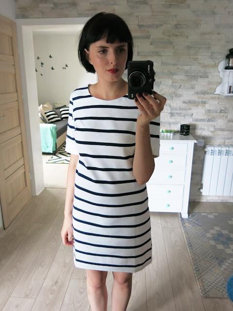 sukienka paski