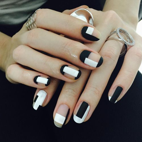 Simply Gorgeous Geometric Nails That You Cant Miss