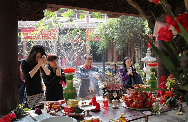 5 most popular activities of the Vietnamese family during the Tet holiday 5