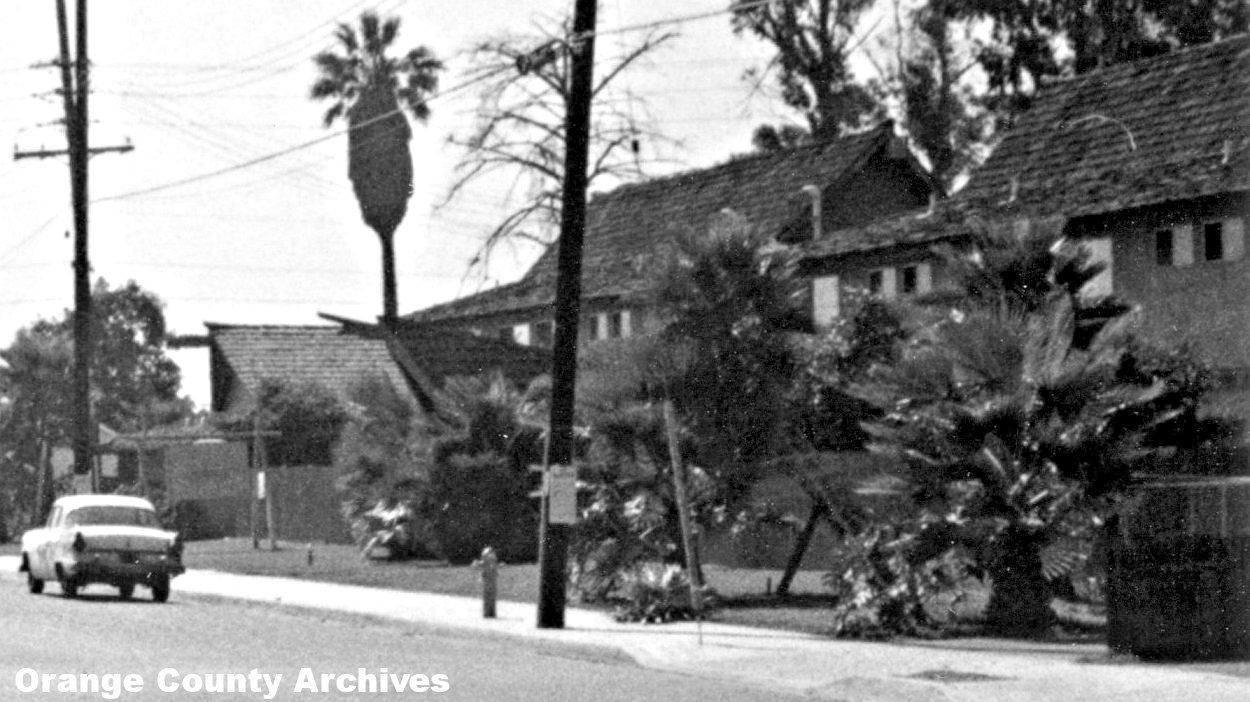 The Tahitian Terrace Apartments In 1967