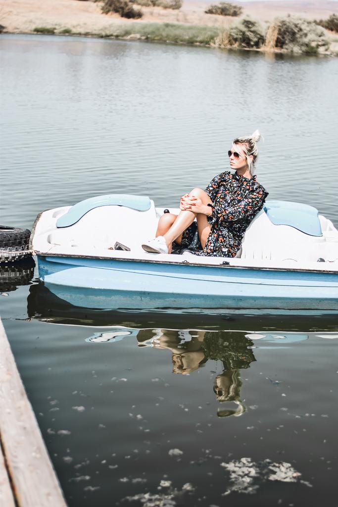 paddel boat