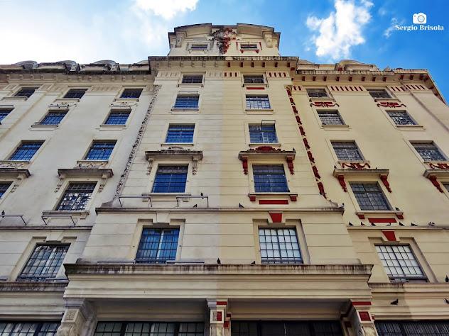 Perspectiva inferior da fachada do Edifício Lutetia - Centro - São Paulo