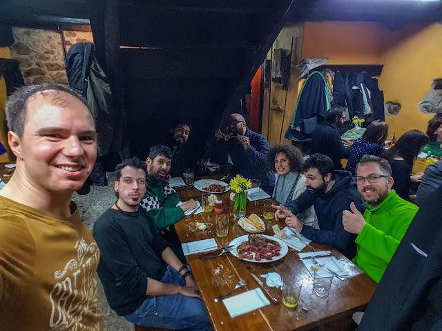 Txotx entre amigos en Aldatz