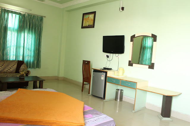 Hotel Review, Pathankot, Restaurant Review, Punjab, Food, RK International Pathankot, Hotel Green Pathankot, Where to Stay in Pathankot, Where to din in Pathankot