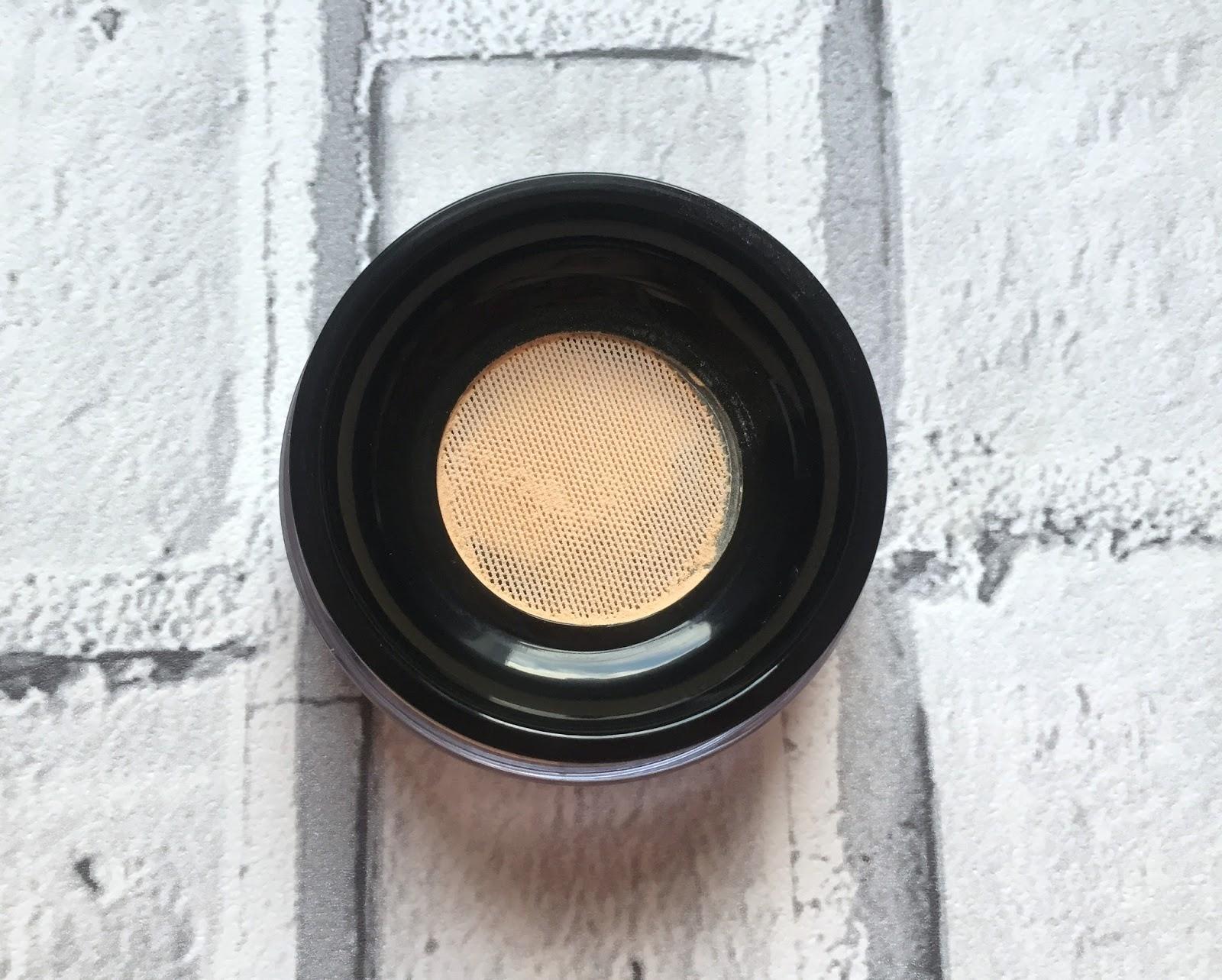 Mac Studio Fix Perfecting Powder. Trying Out New Mac Products Mammaful Zo Beauty Fashion Lifestyle