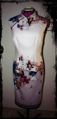 sukienka w stylu chińskim