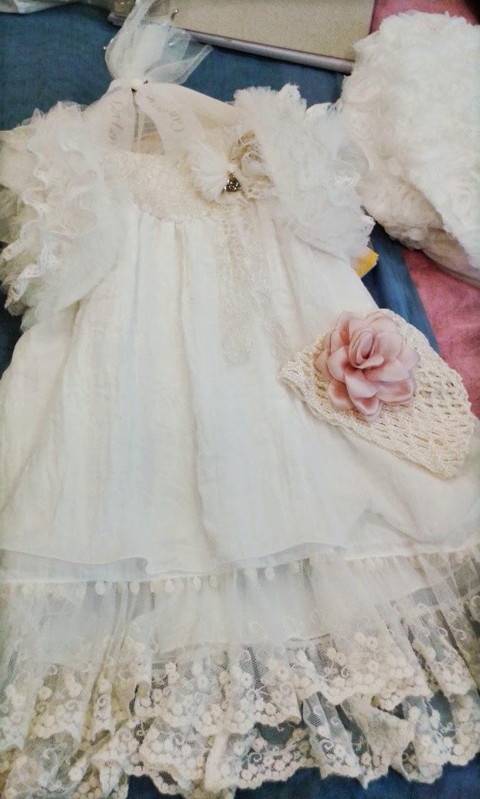 7304343d6b6 Πώς να διαλέξεις το τέλειο βαφτιστικό φόρεμα - despina's studio