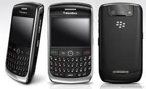 spesifikasi hape Blackberry 8900