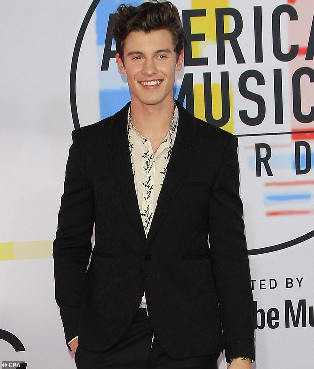 Shawn Mendes causes a stir online as he seemed to step out on the AMAs red carpet with his zip opened