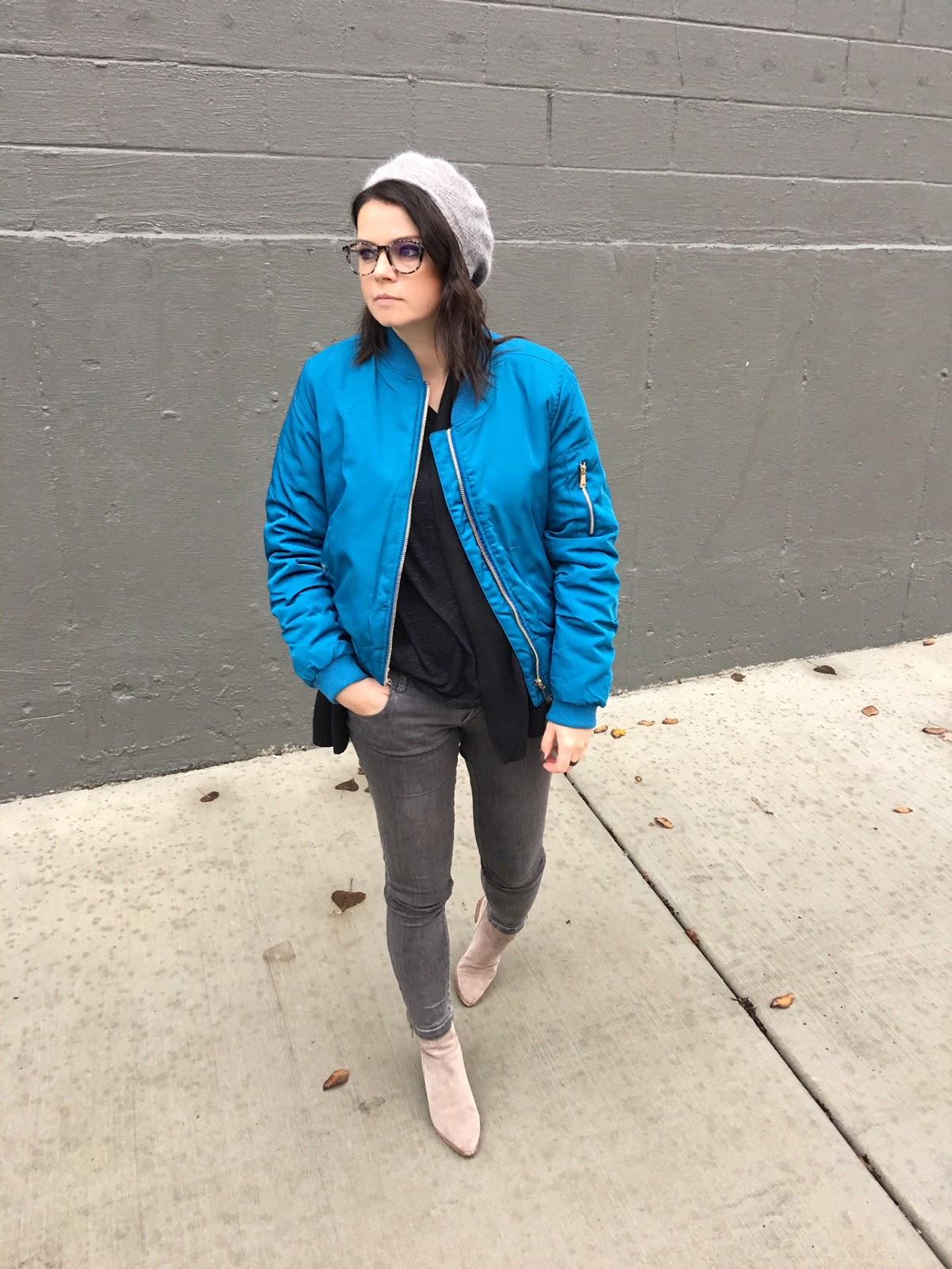 A gray beret + a blue bomber jacket