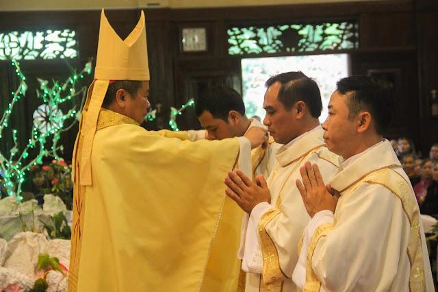 Lễ truyền chức Phó tế và Linh mục tại Giáo phận Lạng Sơn Cao Bằng 27.12.2017 - Ảnh minh hoạ 136