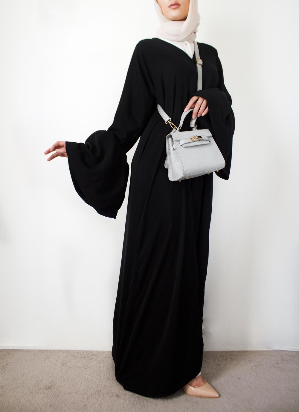 bell sleeve abaya