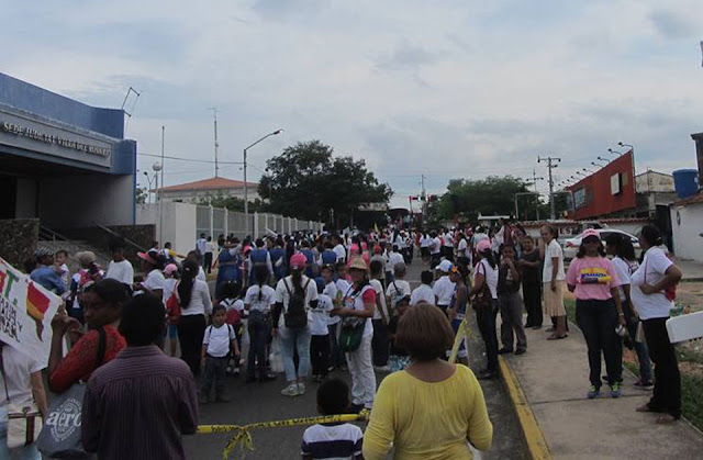 iglesias-cristianas-realizaron-marcha-para-jesus-la-villa