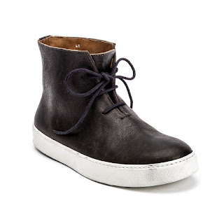 http://peternappi.com/collections/men/products/stefano-sneaker-in-nero?variant=9242598597