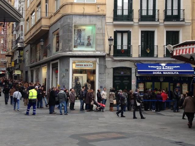 ажиотаж в испанской лотерее накануне Рождества