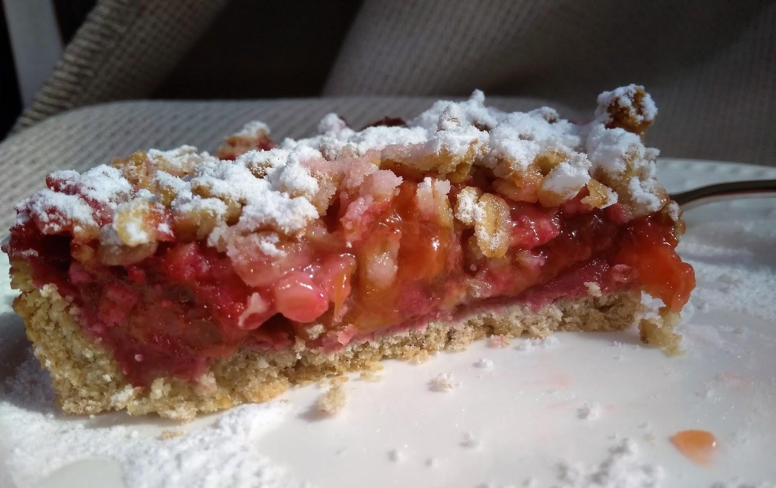 Wegańska tarta śliwkowo-rabarbarowa (gluten free)