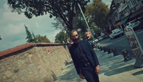 İstanbullu Gelin Dizisi Efkarın Basamaklarını Şarkısı