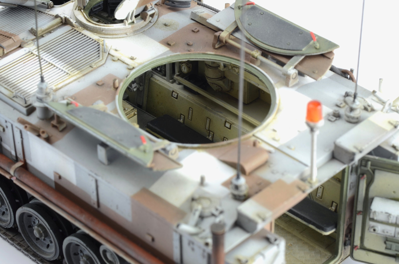 The Modelling News: Painting Guide: FV432 Mk 2/1, w/Interior in the