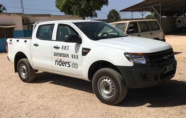 Ford utiliza camionetas Ranger en un proyecto de movilidad y asistencia social en África