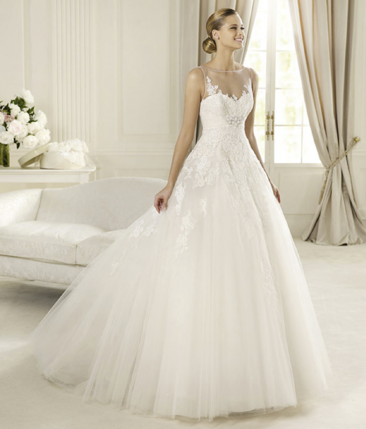 Annie's Fashion Break: Romantic 2013 Wedding Dresses From
