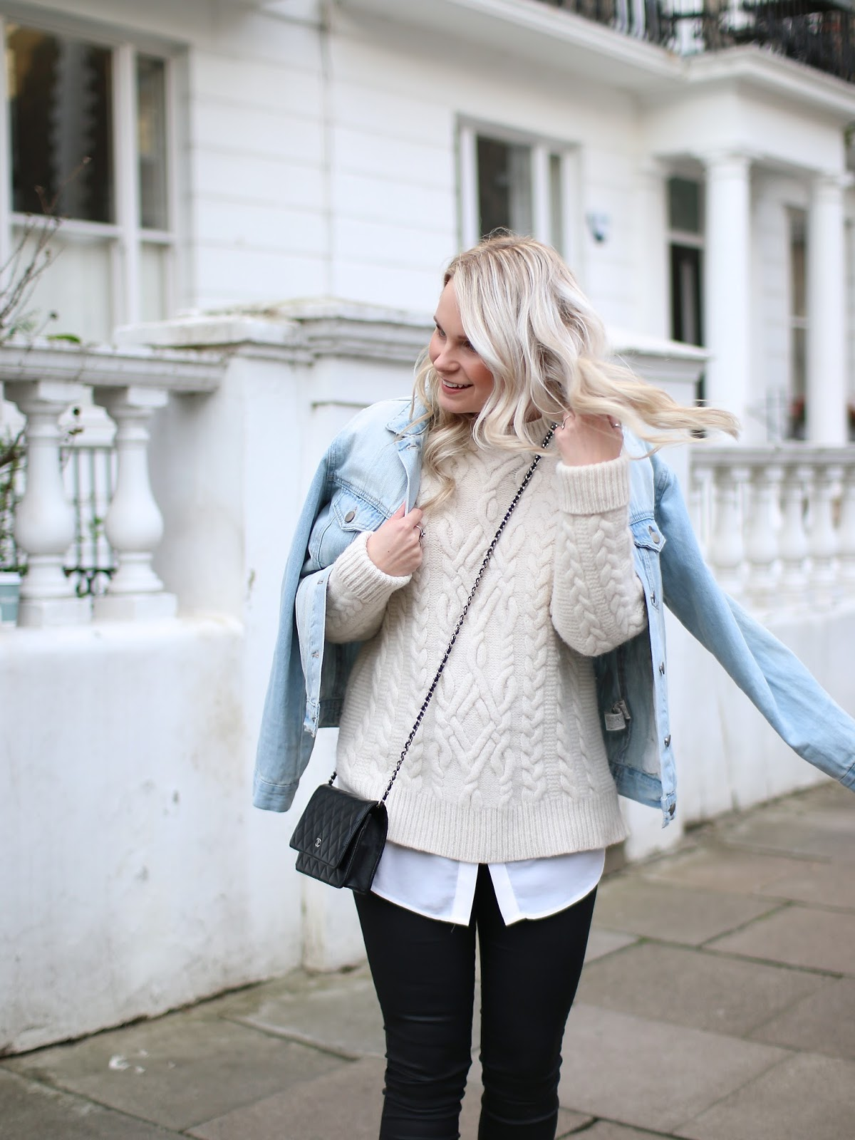 how to add layers to an outfit without looking bulky