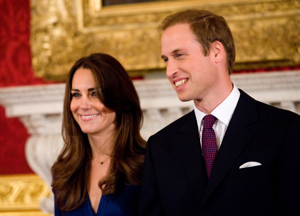 Prince William and Catherine , Duchess of Cambridge reveal the name of their son: George Alexander Louis