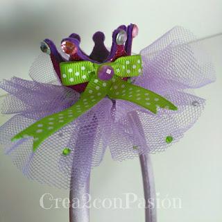Diademas-corona-y-complementos-para-el-pelo-Crea2-con-Pasión-corona-goma-eva-purpurina-tul-abalorios-diadema
