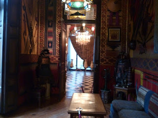 Sala árabe y salón estufa al fondo. Museo Cerralbo